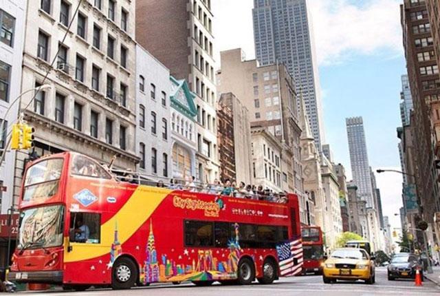 Что такое автобусный тур в США и чем он характеризуется?