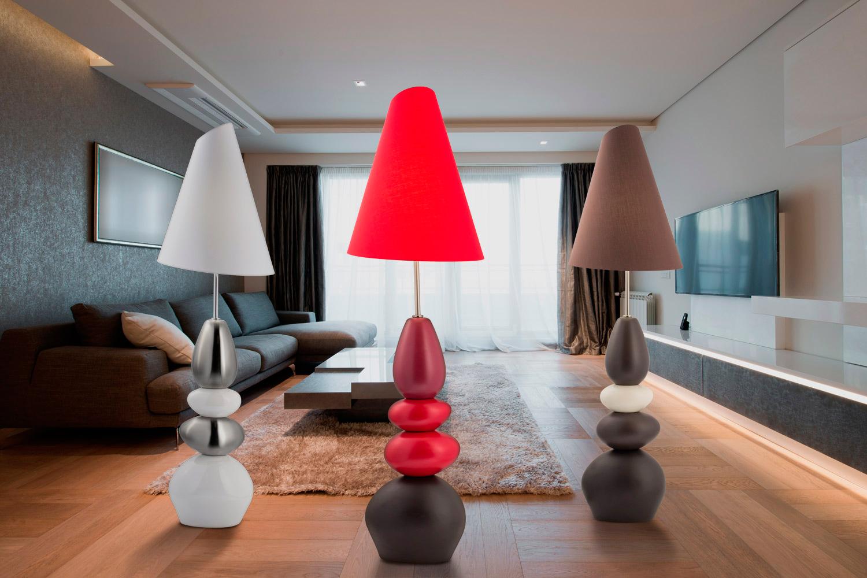 Напольные хрустальные торшеры — прекрасное дизайнерское решение для помещения