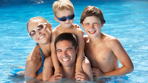Помощь специалистов в оформлении медицинской справки в бассейн
