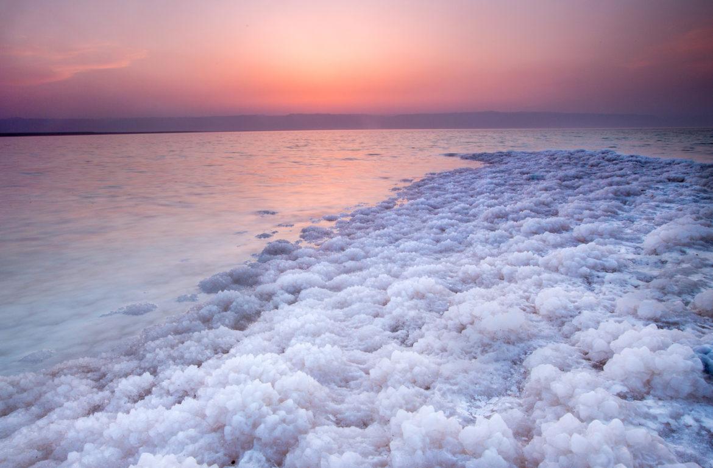 Минералы мертвого моря — лучшее решение для кожи